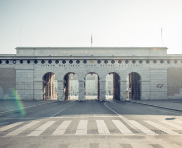 The Wiener Heldentor – the entrance to the Hofburg and the Heldenplatz.