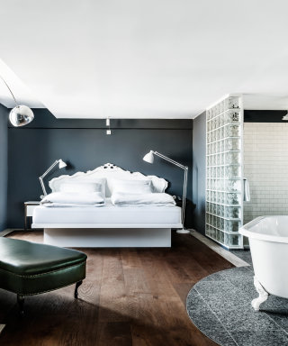 Grand Ferdinand Suite mit Kingsize Doppelbett und exklusiver Ausstattung.